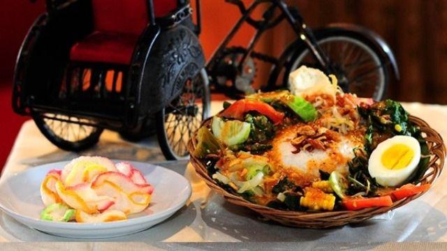 Resto Di Kemanggisan : Saung N'Dhelik
